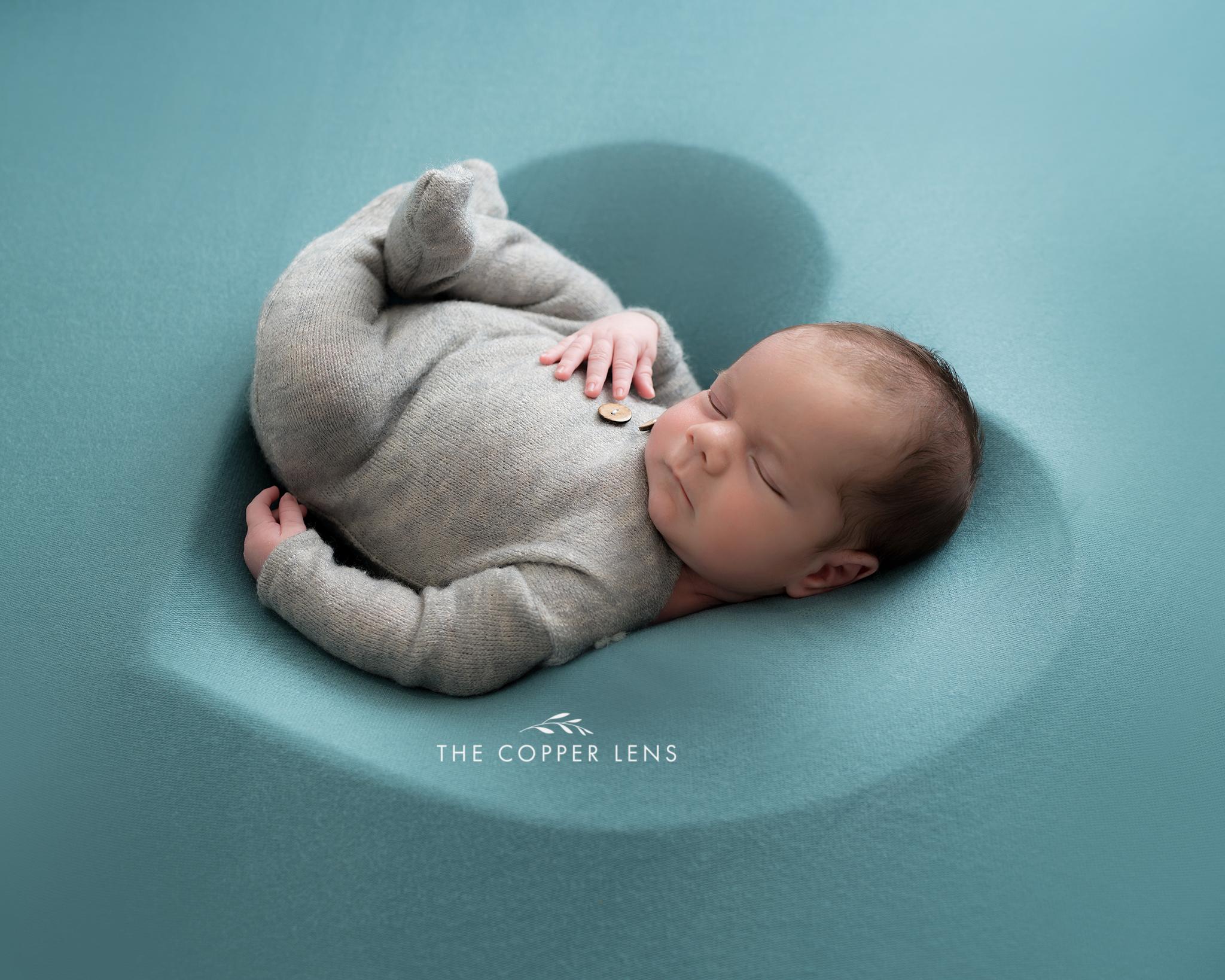 newborn photographer swansea